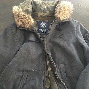 Super warm hoodie from American Eagle 🦅